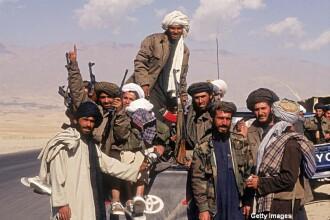 Talibanii afgani au un nou LIDER. Pe cine au ales in fruntea gruparii dupa moartea mollahulului Mansour, ucis de o drona
