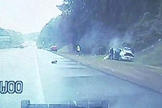 Trei hoti de haine din SUA au provocat o urmarire riscanta pe autostrada. Ce a urmat dupa ce au pierdut controlul volanului