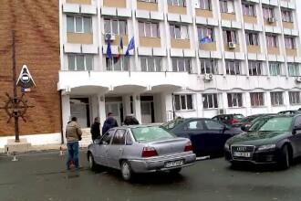 Perchezitii la Academia Navala din Constanta. Cadrele universitare ar fi luat mita pentru a promova studentii