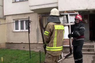 Un bloc din Botosani a luat foc dupa ce o batrana a inlocuit butelia de la aragaz. Ce a facut in urmatoarele secunde