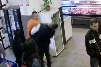 Bărbat bătut cu sălbăticie într-un magazin din Iaşi sub ochii copilului său