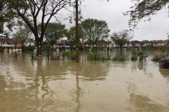 Inundații masive în Malaysia: 3.000 de persoane evacuate și cel puțin 5 morți