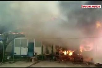 Casa unei bătrâne, mistuită de flăcări, după ce a uitat mâncarea pe foc