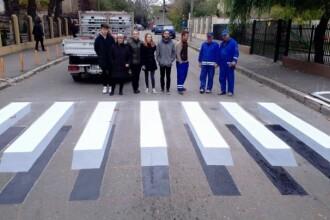 Elevii unui liceu din Buzău au realizat prima trecere de pietoni 3D din România. Planul Primăriei
