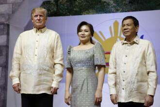 Trump s-a pozat cu liderul filipinez, la câteva zile după ce Duterte a recunoscut că a ucis un om