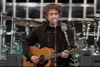 O chitară la care a cântat Bob Dylan s-a vândut cu o sumă uriașă