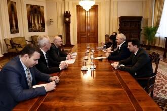 Întâlnire între ambasadorul SUA Hans Klemm și liderul PSD Liviu Dragnea, după audierea de la DNA