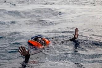 """Imaginea tulburătoare a unui refugiat, salvat de la înec: """"Țipetele păreau asurzitoare"""""""