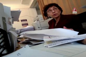 Pățania unei femei care s-a trezit cu datorii la ANAF. Greșeala care i-a blocat contul