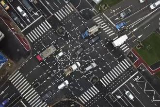 Primul accident în intersecţia din Timișoara cu marcajele care au stârnit glume pe internet