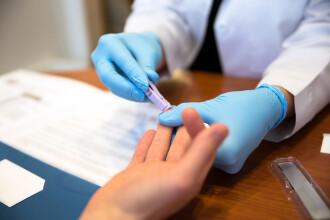Un britanic este acuzat că a infectat voit 5 bărbați cu HIV