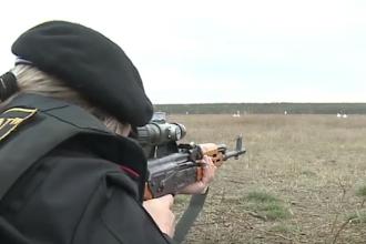 """O moldoveancă și-a îndeplinit visul de a deveni lunetist: """"Îmi place antrenalina"""""""