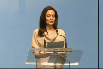 Angelina Jolie, apel pentru combaterea abuzurilor împotriva femeilor în teatrele de război