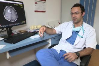 A lăsat Anglia și un salariu de 5.000 de lire pe lună pentru a salva românii bolnavi de cancer