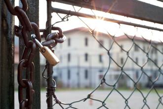 25 de uiguri au evadat dintr-o închisoare din Thailanda, cu ajutorul păturilor
