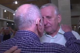 Momentul emoționant când un supraviețuitor al Holocaustului își cunoaște nepotul. VIDEO