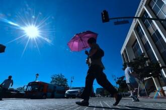 Vreme extrem de caldă și ploi în averse spre seară, luni. Prognoza meteo până joi