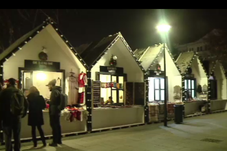 Târgul de Crăciun de la Cluj Napoca a fost inaugurat. Ce au pregătit comercianții