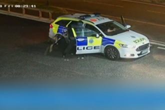 Pedeapsa primită de un hoț care a agresat două polițiste, venite să împiedice jaful