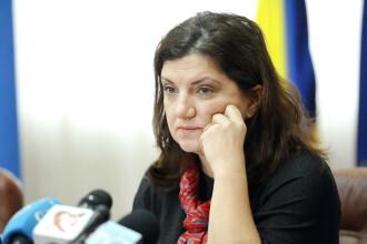 """Raluca Prună, către Şerban Nicolae: """"Ba da, corupţii ne violează şi ne tâlhăresc pe toţi"""""""