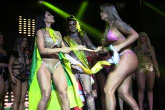 """Câștigătoarea unui concurs de Miss din Brazilia, atacată pe podium """"Posteriorul meu e singurul natural"""""""