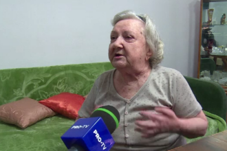 """Bătrână de 87 de ani, jefuită prin metoda """"accidentul"""". """"Mi-a luat Dumnezeu capul!"""""""