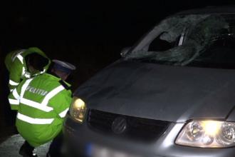 Bărbat spulberat pe șosea de o șoferiță care spune că nu l-a văzut la timp