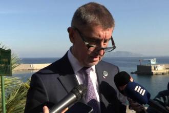 Premierul Cehiei riscă demiterea, din cauza unor dezvăluiri făcute de fiul său
