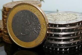 Al patrulea minim istoric pentru leu în raport cu euro, de la începutul anului. Ce curs a anunțat BNR