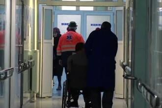 Caz grav în Botoșani. Un copil de 12 ani care cântărește 6 kg, adus la spital