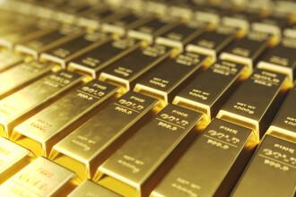 Prețul aurului, un nou record pe piața din România. De ce se scumpește metalul prețios
