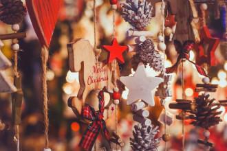 Motivul pentru care un site de vânzări a șters anunțurile privind decorațiunile de Crăciun