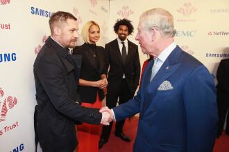 Actorul Tom Hardy, decorat de prințul Charles. Distincția primită