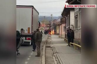 O conductă de gaz din Braşov a luat foc în plină zi, sub ochii trecătorilor