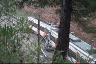 Accident feroviar lângă Barcelona. Un mort și 50 răniți, după ce un tren a deraiat