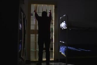 Deţinutul evadat în Botoşani s-a spânzurat în cameră la câteva zile după ce a fost capturat