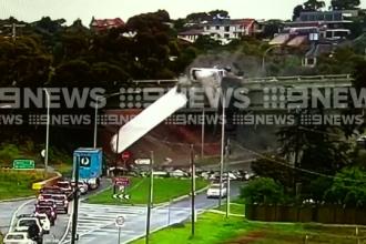 Camerele de supraveghere din Melbourne au surprins un accident neobişnuit