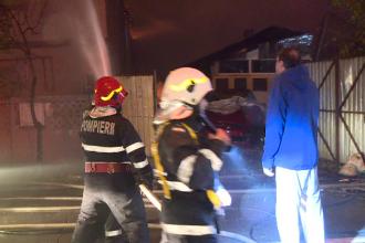Patru locuințe făcute scrum intr-un incendiu, în Capitală. De la ce au pornit flăcările