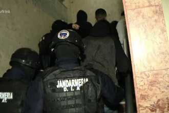 Jandarmi chemaţi în București pentru capturarea unei