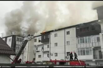 Trei blocuri au ars în Chiajna. Ce i-a împiedicat pe pompieri să stingă focul mai repede
