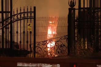 Pericol de explozie în Timișoara. Incendiu violent în hala unei fabrici