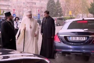 Preot, despre maşinile de lux de la Catedrală:
