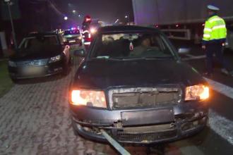 Mașină izbită violent de un șofer care nu a păstrat distanța. Un pasager, la spital