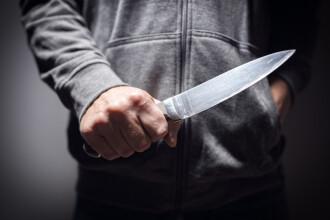 Un minor din Suceava a înjunghiat, la beţie, un bărbat cu care se certase în restaurant