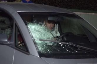 Un bătrân care se întorcea acasă cu pâine a fost lovit în plin de o mașină