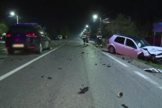 O șoferiță care nu a acordat prioritate a provocat un dezastru. Doi oameni au ajuns la spital