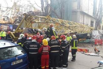 Parchetul a început cercetările în cazul macaralei prăbușite peste 2 mașini în Capitală