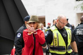 """Actrița Jane Fonda, arestată pentru a patra oară. """"Sunt OK cu asta"""""""