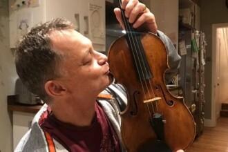 """O vioară veche de 310 ani uitată în tren, returnată proprietarului după """"negocieri secrete"""""""