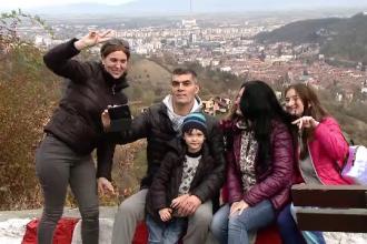 Zi superbă de toamnă la munte. Aglomerație la Poiana Brașov cu părinți și copii